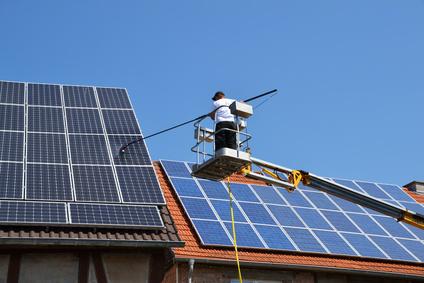 Photovoltaik Reinigung und Wartung in Dillingen